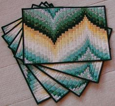 Bargello place mats. SMALL PROJECT WITH WHICH TO PRACTICE BARGELLO TECHNIQUE
