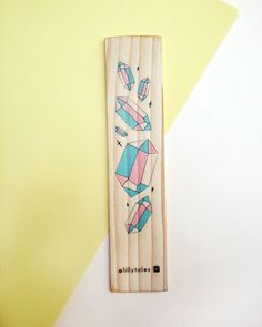 PASTEL PRISM - Colourful wooden bookmark