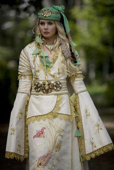 Bindallı-Anatolian traditional women's wedding dress....modern clothing design...Ankara Olgunlaşma Enstitüsü Folklore, Historical Women, Tribal Fashion, Traditional Dresses, Traditional Wedding, Modern Outfits, Muslim Women, Culture, The Dress