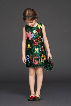@Dolce & Gabbana fall winter 2015 Viva la Mamma green dress #MFW #FW15 #fall #winter #fallwinter2015 #childrens #kids #childrenswear #kidswear #kidsfashion #girls #boys #minime #dolcegabbana
