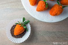 How to make your own Easter treats: Chocolate covered strawberries that look like carrots