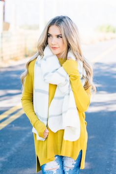 Capsule Wardrobe Women, Cute Scarfs, Online Clothing Boutiques, Trendy Clothes For Women, Hamilton, Bff, Ivory, Vest, Women's Fashion