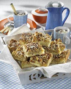Unser beliebtes Rezept für Mandel-Streuselkuchen vom Blech und mehr als 55.000 weitere kostenlose Rezepte auf LECKER.de. Cake Recipes, Cereal, French Toast, Muffins, Breakfast, Food, Desserts, Sprinkles, Sheet Pan