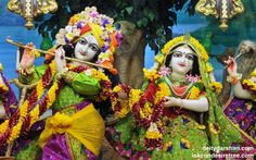To view Radha Gopinath Wallpaper of ISKCON Chowpatty in difference sizes visit - http://harekrishnawallpapers.com/sri-sri-radha-gopinath-close-up-wallpaper-050/