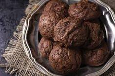 #çikolatalıkurabiye Healthy Cookie Recipes, Healthy Cookies, Dessert Recipes, Diet Recipes, Cream Recipes, Baking Recipes, Easy Recipes, Chocolate Brownie Cookies, Chocolate Muffins