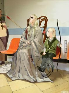 Thranduil looks so proud but gees he got shot in the shoulder. has this happen before rand he is just used to it or something. and Legolas is smiling. Legolas you shoot you father! Thranduil Funny, Legolas Und Thranduil, Tauriel, Beau Film, Jrr Tolkien, Gandalf, Fanart, O Hobbit, Middle Earth