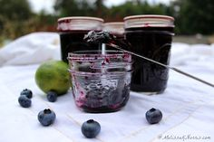 how to make low sugar no pectin blueberry jam. Oh, my goodness, this is the best jam ever! Love how it keeps cost down without the pectin and very little sugar.