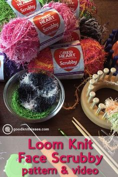 Loom Knit Scrubby - Stack scrubbies in a mason jar Make a loom kni. Loom Knit Scrubby – Stack scrubbies in a mason jar Make a loom knit scrubby. Loom Knitting For Beginners, Round Loom Knitting, Loom Knitting Stitches, Knifty Knitter, Loom Knitting Projects, Free Knitting, Spool Knitting, Knitting Tutorials, Yarn Projects