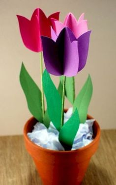 29 Awesome Diy Spring Crafts Ideas For Kids. If you are looking for Diy Spring Crafts Ideas For Kids, You come to the right place. Below are the Diy Spring Crafts Ideas For Kids. Diy Spring, Spring Crafts For Kids, Mothers Day Crafts For Kids, Spring Art, Diy For Kids, Easter Crafts, Kids Crafts, Diy And Crafts, Diy Paper