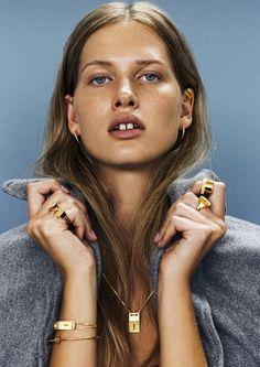 gold jewelry for the win #rings #earrings #bracelet #necklace #beauty #hair