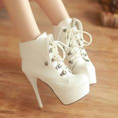 Omg I LOVE shoes like these! High heels with laces.look like high heeled boots and I love high heels and boots! Dream Shoes, Me Too Shoes, Women's Shoes, Shoe Boots, Ankle Boots, Boot Heels, Shoes 2016, Footwear Shoes, Girls Shoes