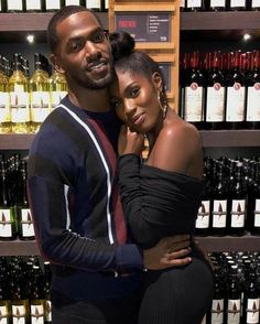 Everybody wants to as happy as they possibly can be with their partner. Have a look at these 32 things couples may do to build and sustain a happier and healthy relationship. Relationship Pictures, Couple Goals Relationships, Relationship Goals Pictures, Couple Relationship, Healthy Relationships, Black Love Couples, Black Love Art, Cute Couples Goals, Black Is Beautiful