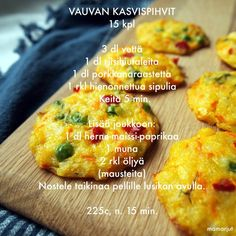 Vauvan kasvispihvit — Simppeli sormiruokakeittiö Toddler Meals, Kids Meals, Baby Finger Foods, Baby Foods, Baby Food Recipes, Healthy Recipes, Baby Led Weaning, Kids And Parenting, Baked Potato