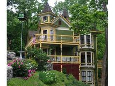 487 best victorian houses homes images victorian houses old rh pinterest com