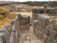 """The documentary """"The Living Stones of Sacsayhuaman"""" At the beginning of July 2012 the Ministry of Culture of Peru invited a group of Russian geophysicists to. Ancient Aliens, Ancient Art, Ancient History, Peru Travel, Machu Picchu, Ancient Civilizations, Places To Visit, Stone Age, Architecture"""
