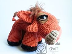 Reuben the Warthog  Amigurumi por MerakiCraftInc en Etsy, $5.50