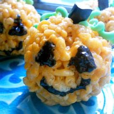 Jack-o-lantern rice krispies treats!