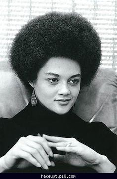 Afro-american hairstyles of the 70's - http://makeuptips8.com/afro-american-hairstyles-of-the-70s.html