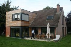 Une extension en bois sur 2 étages