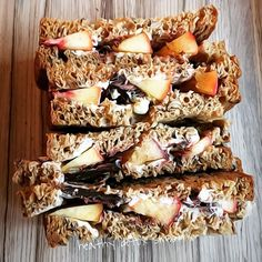 bread vital schär with peach chocolate pure and coconut cream cb lb #organic #clean #pure #nature #glutenfree #wheatfree #lactosefree #lowcarb #schär #bread #snack #hungry #healthy #healthyfood #healthychoices #igers #ironman #fitness #lifestyle #luxury #homemade #fresh #free #fun #bike #run #swim #balance #plantbased  detox glten free healthy cleaneating
