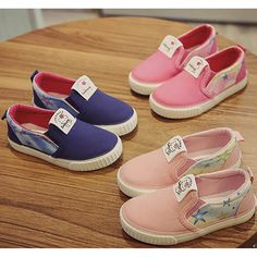 (27.00$)  Buy here - http://ai2rq.worlditems.win/all/product.php?id=32797522905 - 2017 Spring Brand new fashion children's canvas shoes kids Children sneakers low boys casual shoes girls cartoon shoes loafers