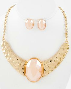 Gold Tone Metal / Natural Acrylic / Lead&nickel Compliant / Necklace & Post Earring Set