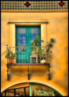 Balcony by Rob Bishop©, via 500px