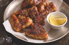 Půlnoční kuřecí křídla | Apetitonline.cz Tandoori Chicken, Good Food, Favorite Recipes, Meat, Ethnic Recipes, Healthy Food, Yummy Food