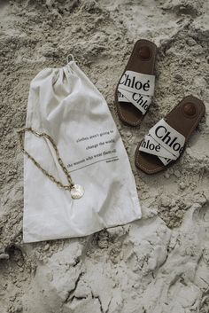 Alta Capture and Siren Shore Necklace Set Nyc Fashion, Autumn Fashion, Beach Fashion, Fashion Shoes, Ways To Say Hello, Gal Meets Glam, Foto Pose, Pink Peonies, Shoe Game