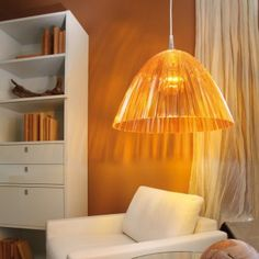 #koziol #lamp #hanginglamp #orange  Pendelleuchte Reed von Koziol in organischer Form. Hanging Lamp Reed transparent orange