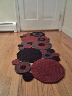Mano de ganchillo círculo Runner alfombra lana por WendysWonders127