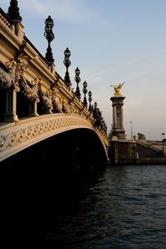the Pont Alexandre <3