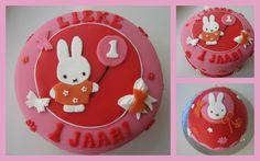 fondant taart 1 jaar meisje - Google zoeken Fondant Baby, Cake Art, Bunny, Cupcakes, Cooking, Birthday, Desserts, Kids, Food