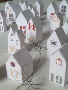 tiny house advent - of course I'll use kraft card stock to make mine.