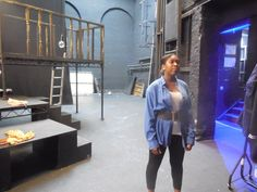 Hannah preparing for her role as Juliet in The Street's.