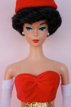 """Barbie- my Barbie had this """"bubble"""" hair style, but her hair was red. Back in the day, we only had ONE Barbie doll! Old Barbie Dolls, Vintage Barbie Clothes, Barbie I, Barbie World, Barbie And Ken, Vintage Dolls, Barbie Accessories, Clothes Pictures, Barbie Collector"""