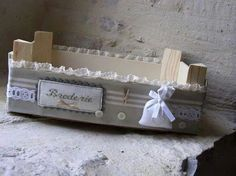 Sweet home : Puuviljakastide uus elu Crate Crafts, Wood Crafts, Wooden Crates, Wooden Boxes, Hobbies And Crafts, Diy And Crafts, Decoration Shabby, Fruit Box, Shabby Vintage