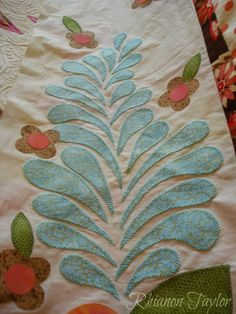 The Nifty Stitcher: Breakfast at Tiffanys - a lap quilt.