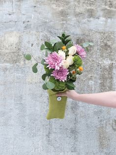 5 Tips for Keeping Your Flowers Alive Even Longer >> http://www.hgtv.com/design-blog/how-to/5-tips-for-keeping-flowers-alive-longer?soc=pinterest