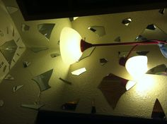 Broken mirror+lamp Broken Mirror, Mirror Lamp, Mirror With Lights, Diy Crafts, Lighting, Music, Design, Home Decor, Musica