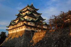 http://www.pinterest.com/wpdailythemes/magnificent-views/  Nagoya Castle   HOME SWEET WORLD