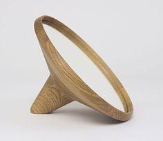 Handcrafted Satellite Table mirror oak by Møbel & Rum // noorverk.com