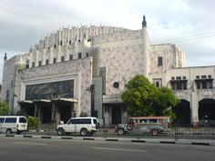 Metropolitan Theater Manila Philippines - one of the old iconic filipino architecture designed by Juan Arellano. Filipino Architecture, Architecture Design, Manila Philippines, Theater, Old Things, Street View, Architecture Layout, Theatres, Teatro