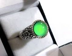 http://mood-ringcolormeanings.com/