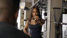 Naomi Campbell: Tο πρόγραμμα γυμναστικής που ακολουθεί πιστά στην καραντίνα Naomi Campbell, Lifestyle
