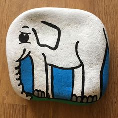 #elephant #elefant #whiteelephant #paintingrocks #paintingstones #rock #rockpainting #malerpåsten