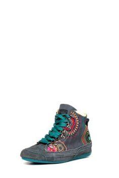 reputable site 4889c a11d1 Desigual Lili Sneakers 394,90 PLN