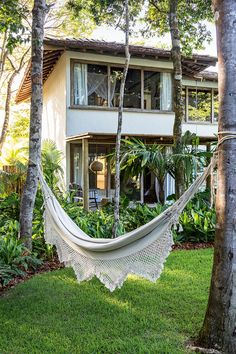 Tropical Garden Design Ideas - Have A Holiday Resort Right At Home To Make., - Tropical Garden Design Ideas – Have A Holiday Resort Right At Home To Make…, - Tropical Garden Design, Tropical Houses, Tropical Plants, Holiday Resort, My Dream Home, Exterior Design, Exterior Paint, Future House, House Styles