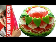 ██ Lesson 49 - Fruit & veg Carving, Escultura em frutas e legumes English For Beginners, Watermelon Carving, Learning Apps, Fruit Carvings, Little Bit, Art Activities For Kids, Healthy Deserts, Best Food Ever, Fruit And Veg