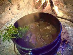 Lockdown Recipe of the Day: Braaiguignon Bourguignon Recipe, Stuffed Mushrooms, Stuffed Peppers, Beef Short Ribs, Bacon Bits, Cabernet Sauvignon, Camping Tips, Recipe Of The Day, Red Wine